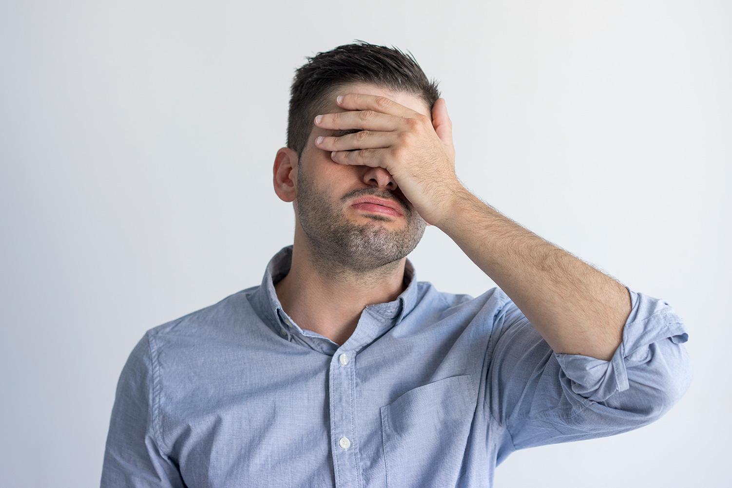 Hombre con Glaucoma