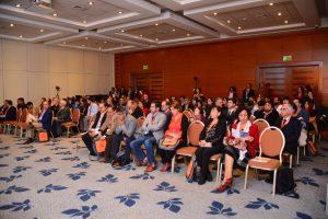 """Con una gran cantidad de asistentes y expositores latinoamericanos se realizaron las 8as Jornadas """"De Polo a Polo"""" de Clínica ISV de Viña del Mar"""